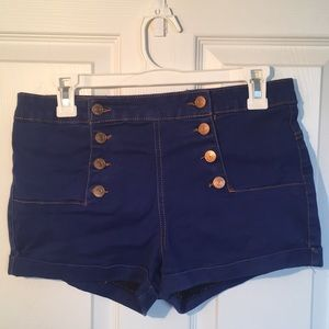 Almost Famous High Waisted Shorts (Size: 7 Women)